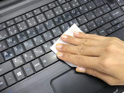 パソコンのキーボード 雑菌だらけ!?